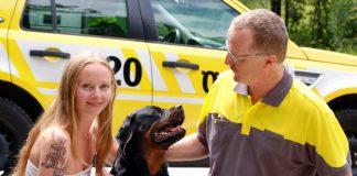 Rottweiler vom ÖAMTC aus Auto befreit