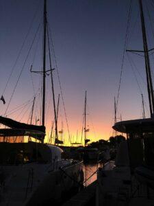 Segelschiff im Hafen Kroatien